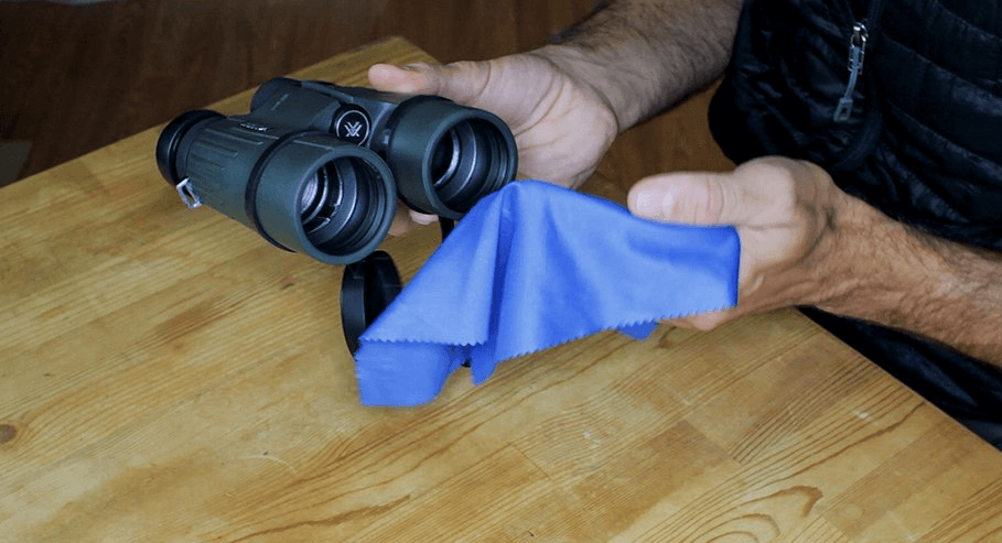 Cleaning Binoculars' Exterior Body